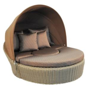 outdoor wicker canopy daybed