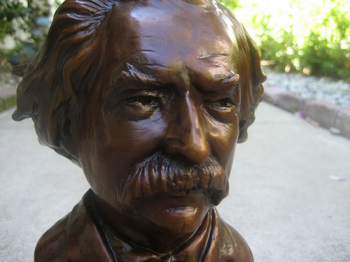 """""""Twain-y"""" Close-up"""