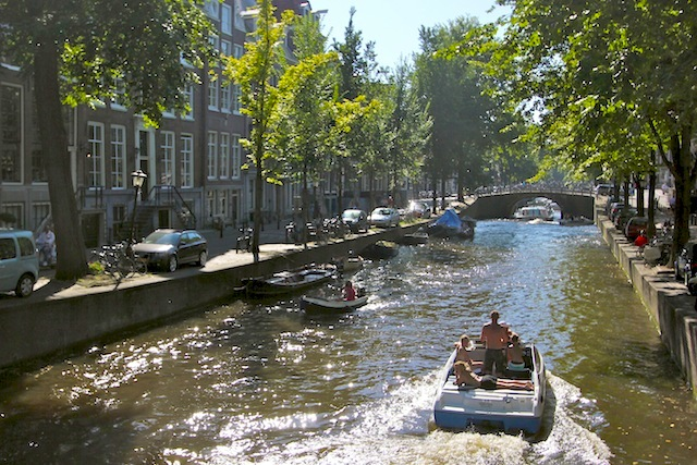 Boats on Leidsegracht