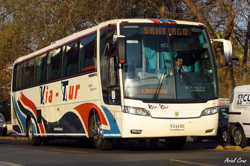 Via Tur | Busscar Vissta Buss LO / YJ4402