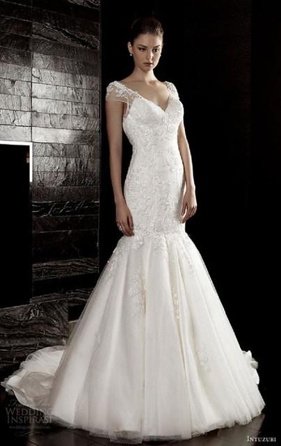 váy cưới quyến rũ