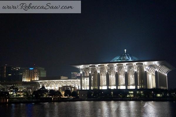 Putrajaya Lake Cruise - Cruise tasik Putrajaya-002
