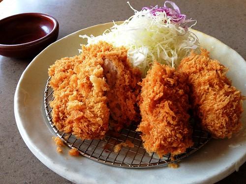 ヒレカツコロッケ定食