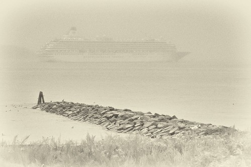 cruise ship, morning fog