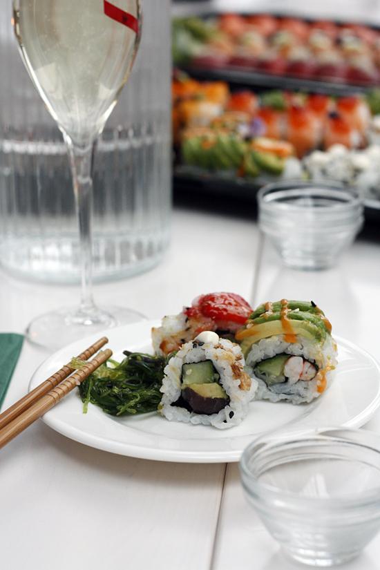 sushi kök & bar