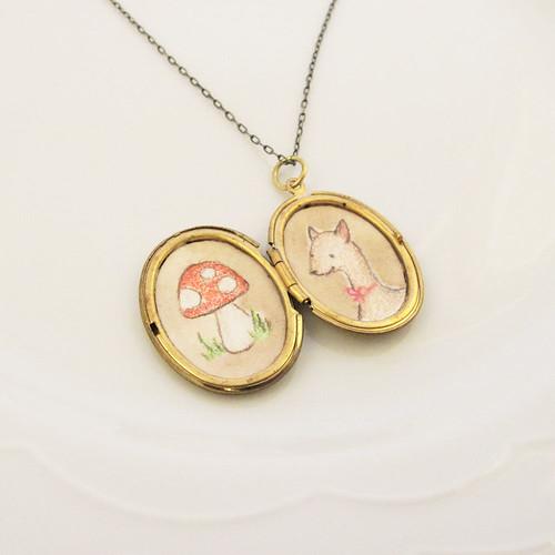 locket-mushroom-deer-1