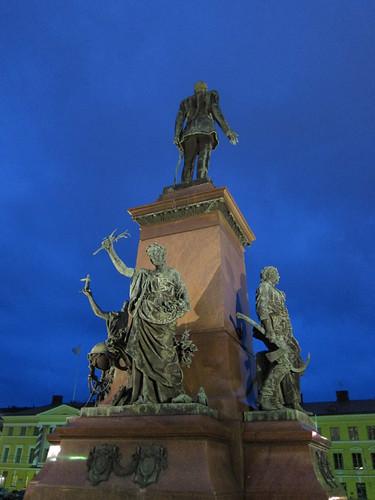 Senate Square statue