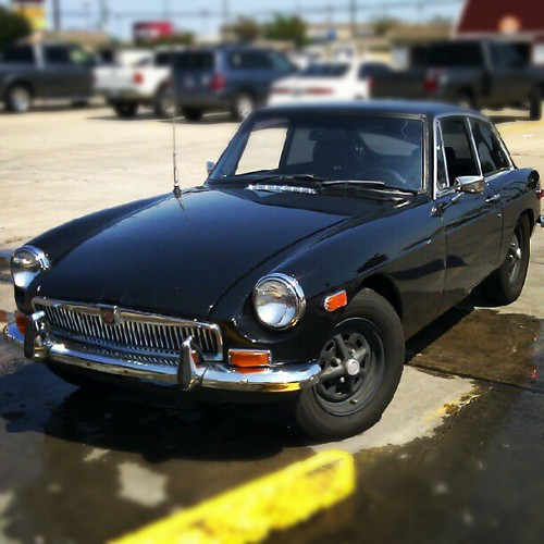 1974 MG spotted by @divergentrealit