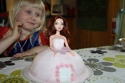 päivänsankari + kakku