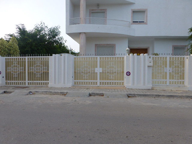Photo for Porte exterieur fer forge tunisie