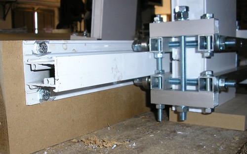 Construcci n de cnc para fresado de materiales blandos for Mesa fresadora casera