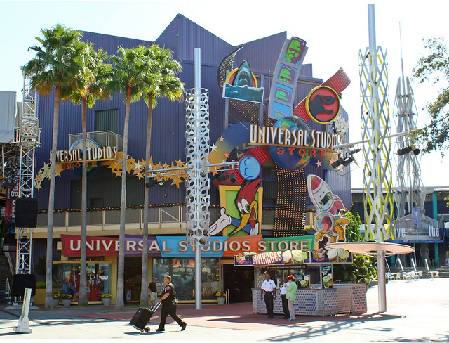 Welcome to Universal Studios Hollywood! Learn more about our incredible theme park attractions in California such as The Wizarding World of Harry Potter™ and much more!