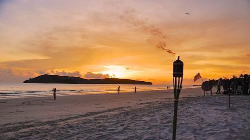 Puesta de sol en Pantai Cenang - Langkawi - Malasia - Original Photography by Philip Karstadt