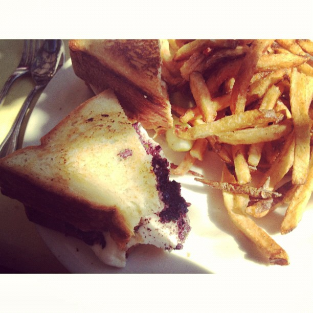 'Black & white' grilled cheese sandwich. (Melted Brie with Kalamata olives.) Ah-mazing!
