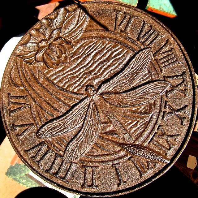 dragonfly sundial