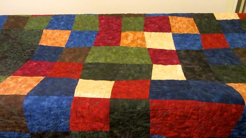 Bella Dark Solid Quilt