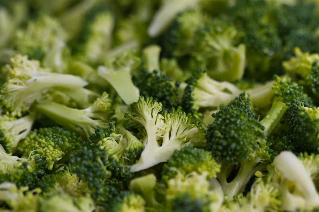 broccoli spears frozen, cooked, boiled, drained, with salt