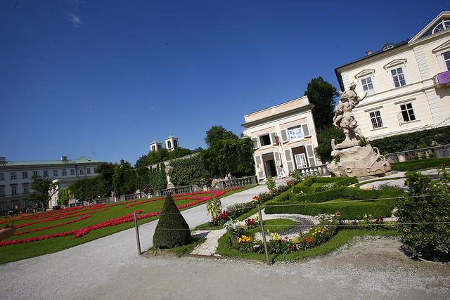 museum mirabell gardens