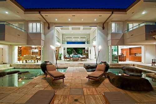 Thousand Waves Holiday Villa in Maui, Hawaii