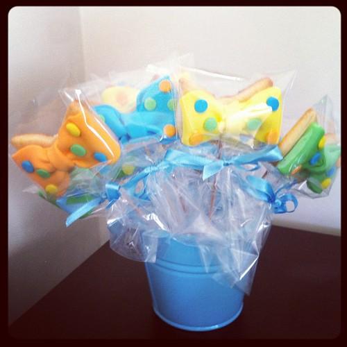 #Bowtiecookies#babyboycookies by l'atelier de ronitte