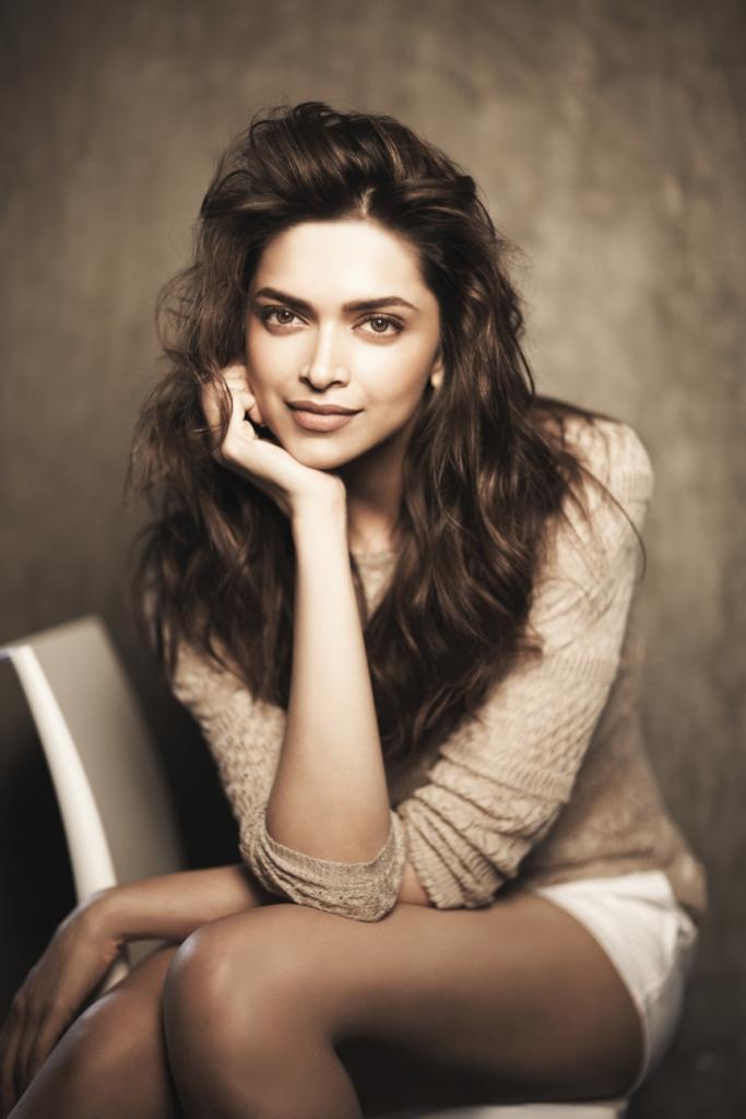 Deepika Hot pictures