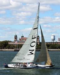 yacht racing, sail, sailboat, sailing, sailboat racing, keelboat, vehicle, sailing, ship, sports, skiff, windsports, mast, watercraft, scow, boat,