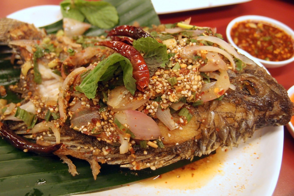 Hot and Spicy Crispy Fish @ Somtam Nua
