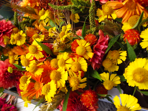 fall colored bouquets by Shady Grove Gardens