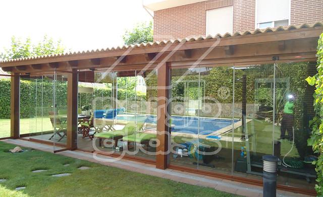 Pergolas de madera pergomadera share the knownledge for Caseta jardin ergo
