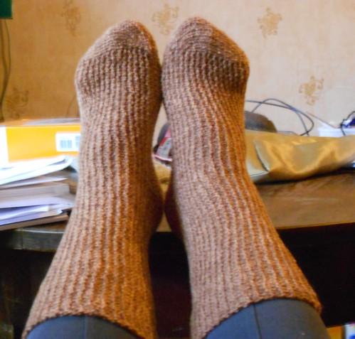 оба носка целиком