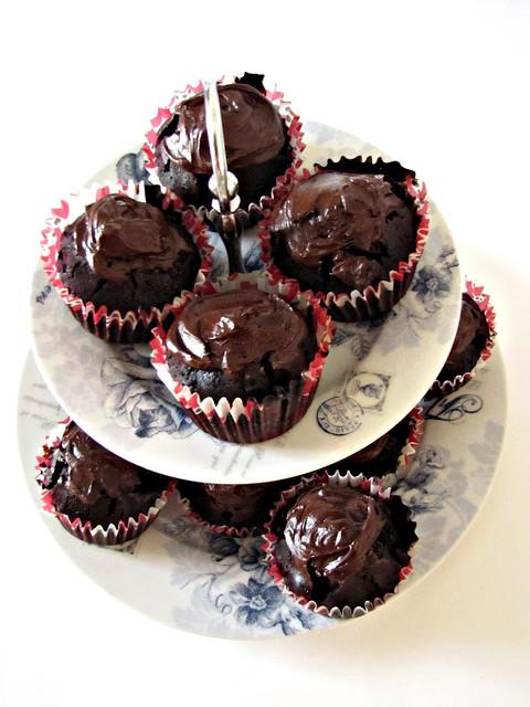Cupcakes al triplo Cioccolato e Violetta