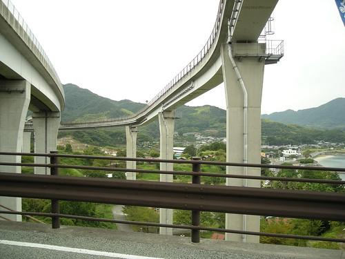多々羅大橋までのスロープ