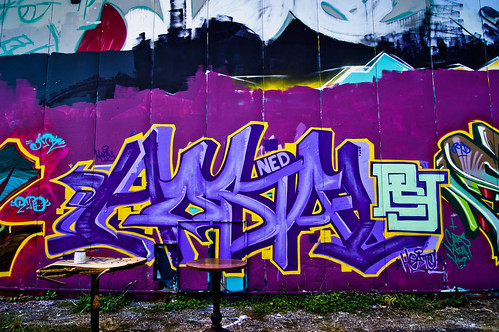 Hostal - at the Mullet | Houston Graffiti 2012