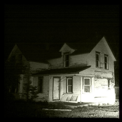 image gallery old house at night