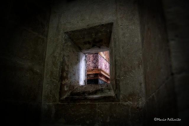 Clausura (Seclusion)...