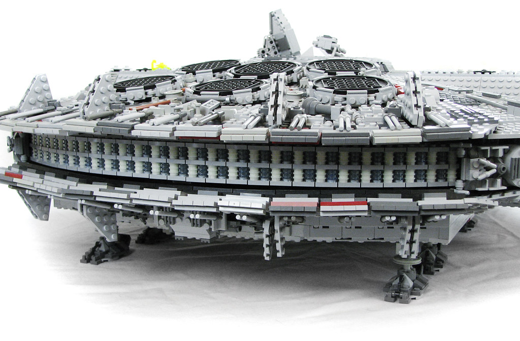 Millennium Falcon - Sublight Engine