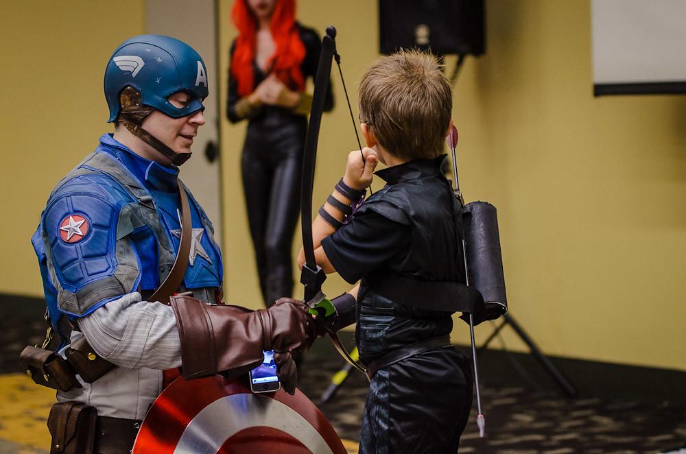 Baltimore Comic Con 2012 Costume Contest Kid Hawkeye Wi Flickr