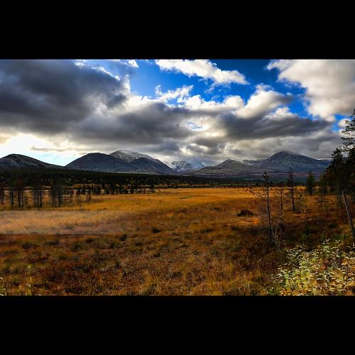 mountain snow norway scenery wetlands range snø myr rondanenationalpark nasjonalpark 2470mmf28g snaufjellet