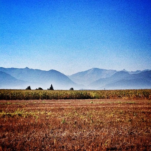 Sunny sunday september mountain view ! Un beau soleil de rentrée en Béarn #pyrénées #béarn #france #sun #blue #sky