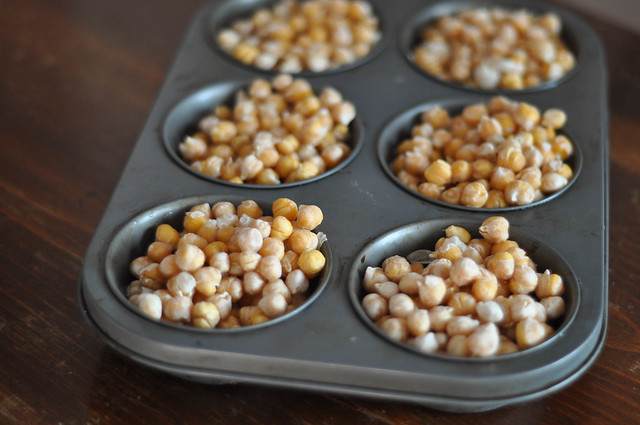 freeze your cooked chickpeas in texan muffin pans