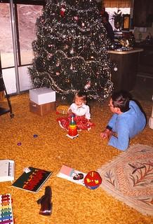 Oklahoma   -   Lawton  -   5112 NW Liberty   -   Jessica & Vati   -   Christmas 1974