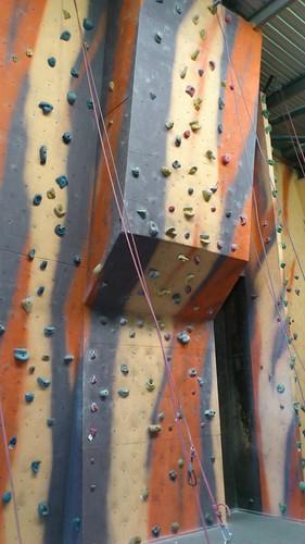 5 Easy overhang