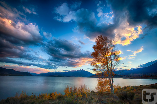 autumn lake mountains water clouds canon landscape outdoors colorado unitedstates co dillon leafs theodore 5dmarkii theodoreastark tedstark tstarkcom