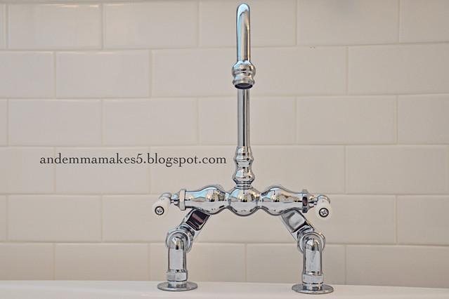 bathtub faucet WEB