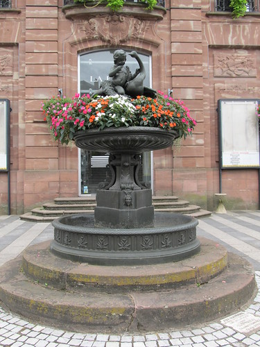 fontaine et monument raon l'etape 055