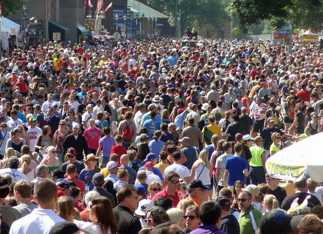 crowd-mn-state-fair