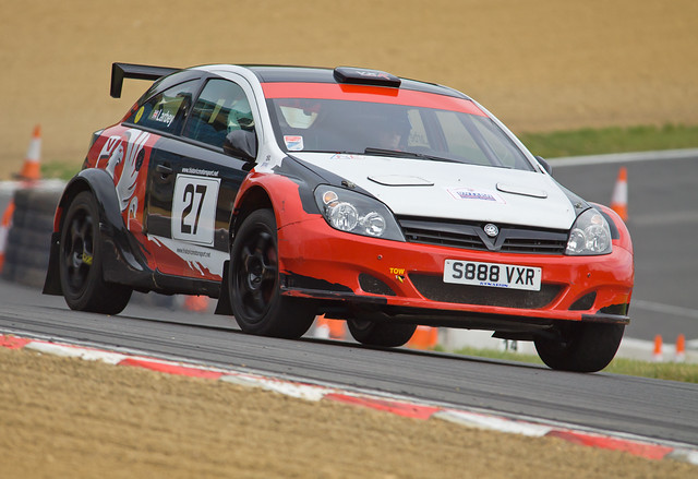 Brands Hatch Summer Stages Vauxhall Astra VXR (Stuart Larbey ...