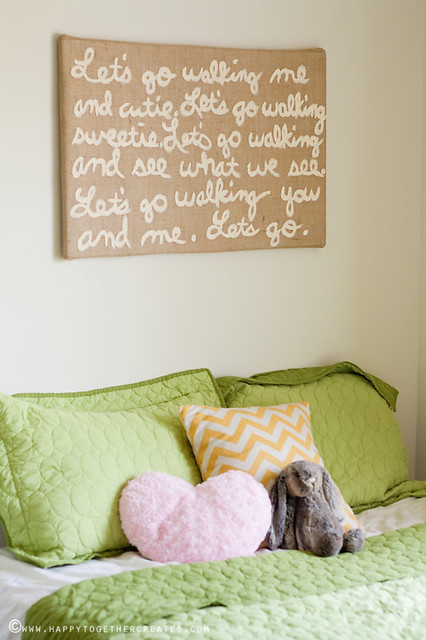 Burlap Canvas DIY