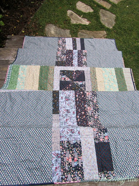 Crackerbox quilt - improv back