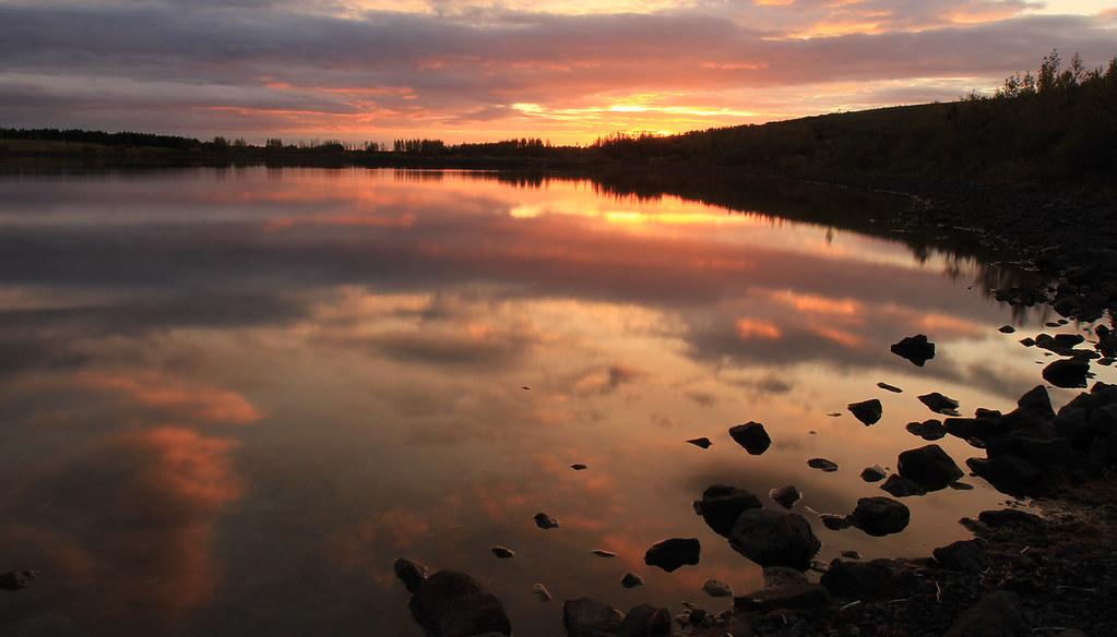Beautiful evening at Hvaleyrarvatn.